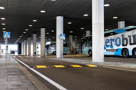 Banda Reductora de Velocidad en Aeropuerto de Barcelona - Imagen 2