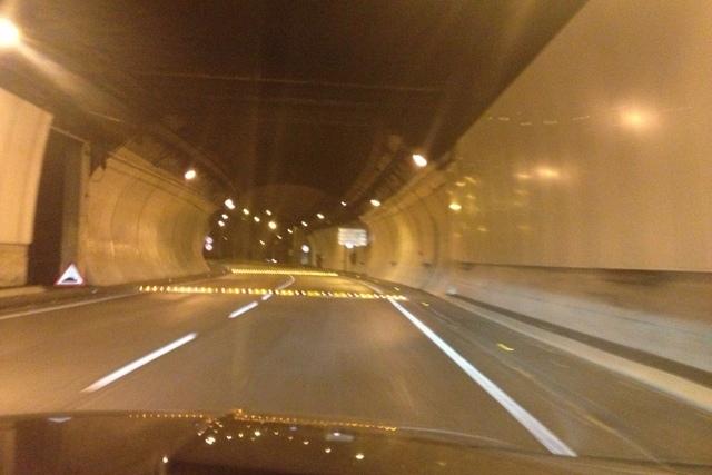 Bandas Reductoras de Velocidad en Tunel de la Rovira de Barcelona - Imagen 1