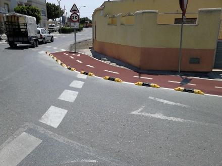 Instalación de tramo de carril bici en El Ejido - Imagen 1