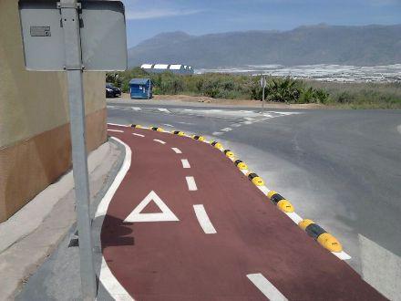 Instalación de tramo de carril bici en El Ejido - Imagen 2